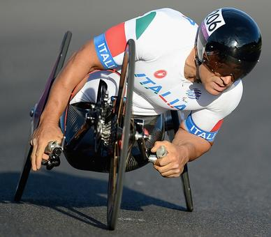 Paralympics: Racing driver Zanardi wins gold, 15 years after losing legs
