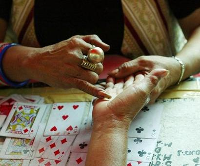 Election Commission bans exit polls by astrologers, tarot card readers