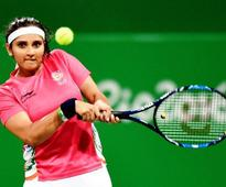 Sania moves alone at top of doubles rankings