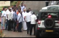 Opposition Parliamentarians visit Namal Rajapaksa in prison