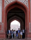 In photos: Canadian PM Justin Trudeau begins India visit with Wah Taj!