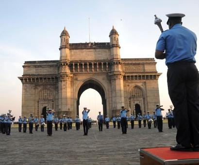 In Pics: Navy rehearses for Beating Retreat ceremony in Mumbai