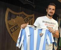 Kuzmanović completes loan move to bolster midfield