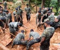 Sri Lanka landslides: 100 still missing and feared dead