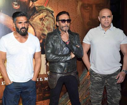 Suniel Shetty, Jackie Shroff celebrate 20 years of Border!
