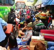 Pre-Tet passengers choke up Ho Chi Minh City