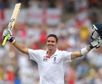 Kevin Pietersen re-signs for South African T20 side Dolphins