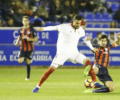 La Liga: Sevilla held at Alaves after mistake by keeper Rico