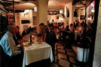 Fado restaurants in Lisbon: where to eat and listen to voice and guitar.