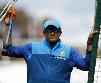 Kumble steps down as India's coach
