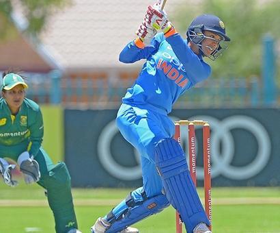 Mandhana stars again as India women wallop SA to seal series