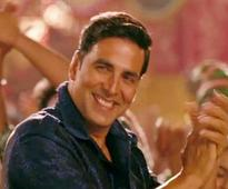 Truck runs over Akshay Kumar's toes in Mumbai