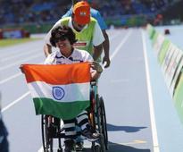 Chief Minister congratulates paralympic medallist Deepa Malik