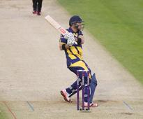 Colin Ingram shines as Glamorgan blast their way to Gloucestershire win