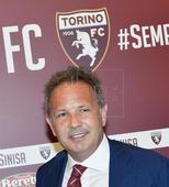 Torino presents new coach Sinisa Mihajlovic