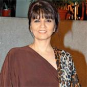 Neeta Lulla salutes modern brides at RFW