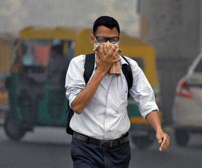 Year's worst air quality leaves Delhi gasping