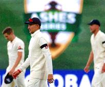 Ashes: England opening bowlers let down captain Root