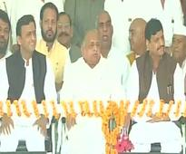 Picture perfect family portrait of Yadav clan amidst high drama at SP Rath Yatra