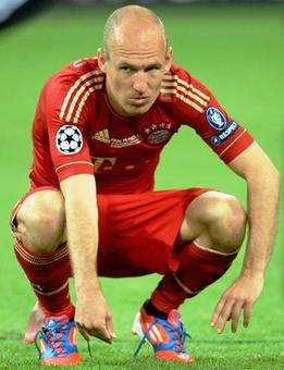 Robben out for six weeks; Klopp hopes Matip injury not serious