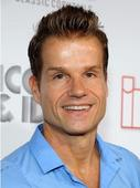 'DWTS' pro Louis Van Amstel picks the season 16 winner: Zendaya or Kellie?