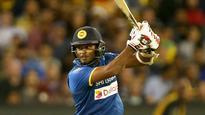 Sri Lanka sneak through after Gunaratne fifty