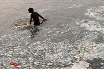 Yamuna's pathetic condition angers devotees on Ganga Dussehra