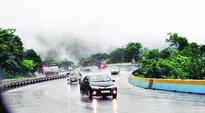 Pune: 99% vehicles on E-way violate speed limit, says study