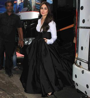 SPOTTED: Pregnant Kareena shooting for an ad