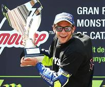 Catalunya MotoGP 2016 Race Report: Valentino Rossi Wins the Podium Beating Marquez and Pedrosa