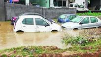 24-hour rain floods Durgapur, Asansol
