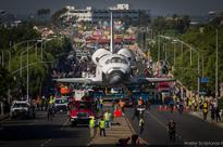 Parade moves last shuttle fuel tank to museum for Endeavour display