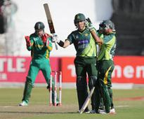 South Africa vs Pakistan, 4th ODI, Durban: Pakistan win by 3 wkts