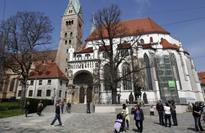 World War II bomb forces mass Christmas evacuation in German city