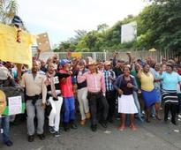 Durban hospital workers go on strike