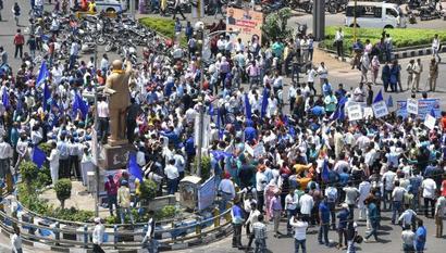Chhattisgarh to challenge SC order on SC/ST Act: Raman Singh