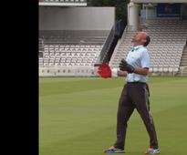 Nasser Hussain enters Guinness World Records for taking highest catch of all time
