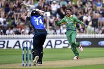 Amir 'not at his best, but getting there' - Waqar