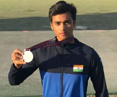 Sports Shorts: Manavaditya Rathore wins silver