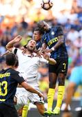 Inter Milan draws 1-1 with Palermo during Italian Serie A