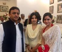 The Kapil Sharma Show's Sumona Chakravarti honoured with Yash Bharti Award