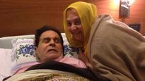 Rishi Kapoor tweets Dilip saab's picture; veteran actor to be in hospital for a few more days