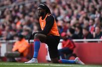 'Beautiful' Palace can fulfil Adebayor's Wembl... Crystal Palace's Emmanuel Adebayor warms up. Reuters / Tony O'B...