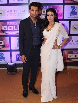 PIX: Indraneil Sengupta, Barkha Bisht at an award function