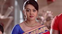Saath Nibhana Saathiya 15th October 2016 full episode written update: Gopi will get a divorce from Dr. Krishna. In return, she will not sue Mansi