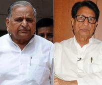 Pre-poll alliance between Samajwadi Party-RLD on cards; Mulayam may send Ajit Singh to Rajya Sabha