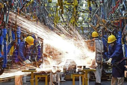Industrial production grows 7.1% in Feb on manufacturing boost