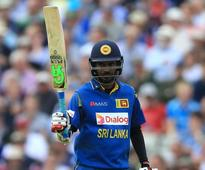 Mendis and Tharanga propel Sri Lanka to victory in Tri-Nations Series final