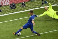 Debutants Iceland advance with 2-1 win over Austria