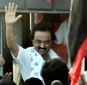Protesting the trust vote, Stalin, DMK workers go on hunger strike